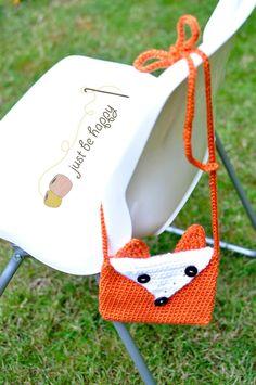 Crochet Fox Purse {Free Pattern}
