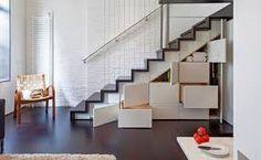Résultats de recherche d'images pour «armario falso embaixo escada»