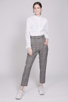 Binjo HW Trousers - Off White by Second Female Harem Pants, Trousers, Off White, Parachute Pants, Female, Fashion, Trouser Pants, Pants, Moda