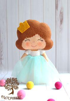 """Купить Игровая кукла из фетра """"Принцесса в мятном"""" - принцесса, кукла, фетр, игрушка из фетра"""