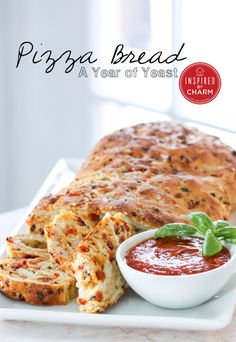 Pizza Bread, this looks amazing and you can customize it with your fave toppings | Inspired by Charm #ayearofyeast #nibbles