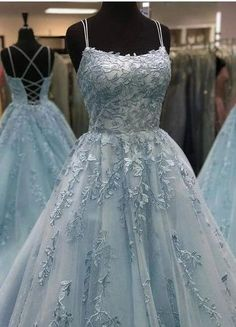 Pretty Prom Dresses, Prom Dresses Blue, Ball Dresses, Ball Gowns, Amazing Dresses, Dresses Dresses, Dress Prom, Fashion Dresses, Chiffon Dresses