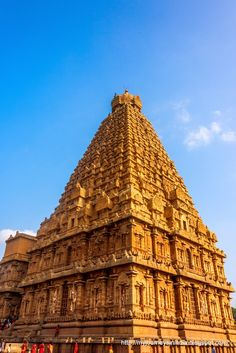 Thanjavur Brihadeeswarar Temple Corner Tower View Indian Temple Architecture, Religious Architecture, Temple India, Hindu Temple, Tourist Sites, Tourist Places, Chola Temples, Different Architectural Styles, History Of India