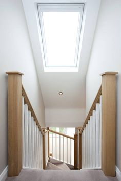 Velux over stairs : Windows & doors by Lofts and Extensions Here you will find photos of interior design ideas. Get inspired! Bungalow Loft Conversion, Loft Conversion Stairs, Attic Conversion, Loft Conversions, Loft Conversion New Build, Attic Bedroom Designs, Attic Rooms, Bedroom Loft, Master Bedroom