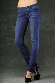 skinny jeans and heels <3 my fav
