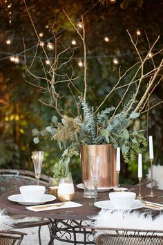 Easy French Bistro Style Winter Tablescape