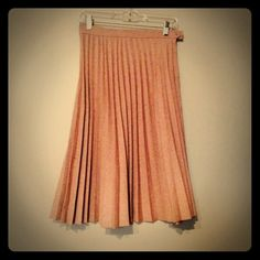 """{vintage} pleated midi skirt Vintage skirt in pristine condition. Zip and button up side. 100% polyester (looks and feels like wool) Waist 16 1/2"""" Length 27 1/2"""" Vintage Skirts Midi"""