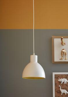 #castorama #inspiration #decoration #ideedeco #tendancedeco #suspension #peinture #jaune #gris #GoodHome Piece A Vivre, Decoration, Ceiling Lights, Lighting, Pendant, Inspiration, Home Decor, Desk Lamp, Wall Sconce Lighting