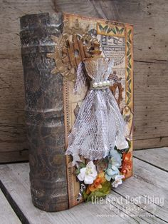 the next best thing by lynne: Steampunkkkk. Altered Book Art, Altered Boxes, Handmade Journals, Handmade Books, Handmade Notebook, Book Crafts, Paper Crafts, Diy Crafts, Decoupage