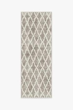 Style your home with our Soraya Trellis Ash Grey Rug. This Moroccan trellis rug features a geometric diamond design in grey and white, a contemporary take on the classic arabesque-inspired motif. Washable Area Rugs, Machine Washable Rugs, Trellis Rug, Black Rug, Ash Grey, Grey Rugs, Natural Rug, Colorful Rugs, Rug Runner