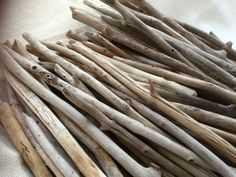 Bulk Driftwood - QUALITY Surf Tumbled Maine Beach Wood - 25 Straight Pieces 12 to 18 inch
