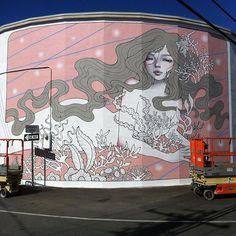 @audkawa mural for @powwowworldwide is just incredible.   #audreykawasaki #powwowhawaii2016 #hawaii #mural #streetart #arteurbano