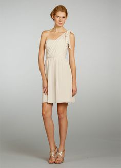 One-shoulder Scooped Neckline Knee-length Bridesmaid Dress