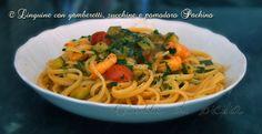 Pasta con gamberetti, zucchine e pomodorini Pachino è un soddisfacente primo piatto mare-monti Ingredienti per quattro persone 500 grammi spaghetti 300 grammi gamberetti sgusciati 300 di zucchine 300 grammi pomodorini Pachino 2 spicchio d'aglio 1 mazzetto di prezzemolo ½ cipolla olio extravergine d'oliva 1/2 bicchiere di vino bianco secco sale e pepe q.b. Procedimento Rosolare...Read More »