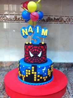 Spiderman tarta y galletas.