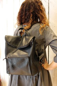 New Black Backpack , Handmade Italian Leather with shoulder strap di LaSellerieLimited su Etsy