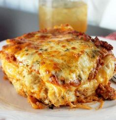 cajun cooking Nothing is more traditional than a lasagna dinner; take a break from the classics with this recipe for cheesy, delicious Louisiana Cajun Lasagna. Cajun Lasagna, Cheese Lasagna, Sausage Lasagna, Seafood Lasagna, Lasagna Casserole, Chicken Lasagna, Chicken Casserole, Louisiana Recipes, Southern Recipes