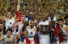 09/2013 - Marty sports et Bodet, champions d'Europe de basket avec l'équipe de France ! Partenaires techniques de la Fédération Française de Basketball, les deux entreprises Marty sports et Bodet peuvent se féliciter d'avoir contribué à la performance de l'Equipe de France masculine. http://www.mecene-et-loire.fr/actualites-membres/marty-sports-et-bodet-champions-deurope-de-basket-avec-lequipe-de-france/