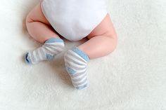Precisamos falar sobre cocô: Como e por que o do seu bebê muda