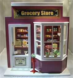 Grocery Store by Mum and Me Miniatures, via Flickr