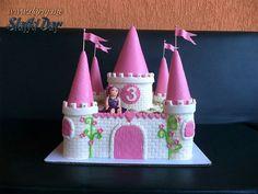 #cake #birthday cake #castle cake #chocolate cake #princess cake #elegant cake #girls' cakes #torta #rodjendan #cokoladna torta #dvorac torta #elegantne torte #princeza torta Cake Birthday, Birthday Candles, Cake Girls, Cake Chocolate, Castle, Cupcakes, Princess, Elegant, Chocolates