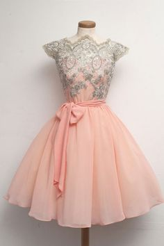 Short Prom Dresses#ShortPromDresses Lace Homecoming Gowns#LaceHomecomingGowns Blush Pink Homecoming Dress#BlushPinkHomecomingDress Sexy Prom Dress#SexyPromDress