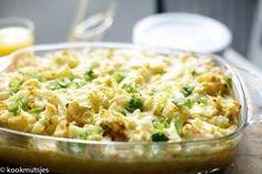 Onderschat de heerlijke smaak van bloemkool niet en probeer dit heerlijke recept uit! Denk hierbij aan een romige, warme maaltijd dat ook nog eens makkelijk te bereiden is. Bloemkool wordt vaak over… Veggie Recipes, Real Food Recipes, Vegetarian Recipes, Cooking Recipes, Healthy Recipes, Yummy Recipes, Healthy Diners, Potato Dishes, Tasty Dishes