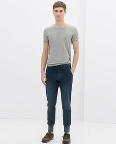 ZARA - MAN - FADED JEANS - 230 nice enough collour good shape and very nice ankle detail