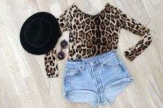 Leopard + shorts