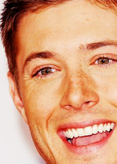 This picture might just be the death of me! Look at those freckles!!!