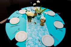 Raleigh Wedding Reception Venues | City of Raleigh Museum | Wedding Decor | Lace Table Runner