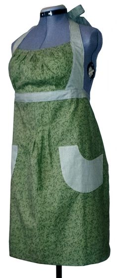 Handmade adult full apron. Great for keeping clothes clean when working, baking, cleaning, cooking, working in the yard, doing arts & crafts....found it at http://www.craftsartsmoreofpa.com/products/green-floral-apron-adult-full.html