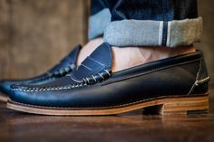 Oak Street Bootmakers Beefroll Penny Loafer Navy Chromexcel