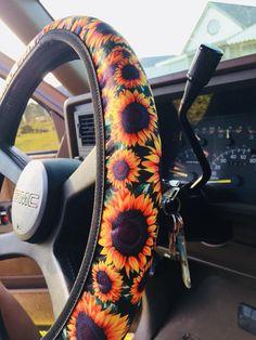 The Sun City Sunflower Steering Wheel Cover car accessories Sunflower Accessories, Car Accessories For Girls, Jeep Accessories, Car Interior Accessories, Jeep Wheels, Girly Car, Car Essentials, Cute Cars, Sunflower Print