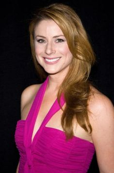 Diane Neal, Angie Harmon, Great Smiles, Dream Hair, Hollywood Stars, Woman Face, Most Beautiful Women, American Actress, Redheads