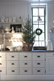 Home Interior Illustration A Little Tipsy: 50 Nature Inspired Holiday Decor Ideas.Home Interior Illustration A Little Tipsy: 50 Nature Inspired Holiday Decor Ideas Cottage Christmas, Decor, Christmas Inspiration, Kitchen Decor, Nordic Christmas, Christmas Kitchen, Home Decor, Scandinavian Christmas, Farmhouse Christmas