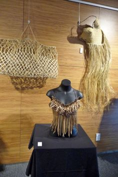 Flax Weaving, Basket Weaving, Hand Weaving, Cultural Patterns, Maori Patterns, Cultural Crafts, Crazy Costumes, Maori Designs, Maori Art
