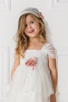 Βαπτιστικά για Κορίτσια DESIGNER'S CAT (CAT IN THE HAT) - Εν Λευκώ   Ηράκλειο Κρήτης Girls Dresses, Flower Girl Dresses, Kids Outfits, Wedding Dresses, Design, Fashion, Dresses Of Girls, Bride Dresses, Moda