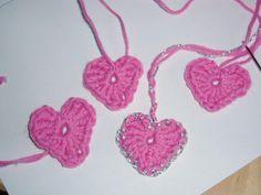 MOLLYMY: Hæklede hjerter