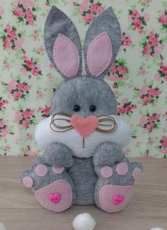 Ambrosial Make a Stuffed Animal Ideas. Fantasting Make a Stuffed Animal Ideas. Felt Diy, Felt Crafts, Diy And Crafts, Sewing Toys, Sewing Crafts, Sewing Projects, Felt Animal Patterns, Stuffed Animal Patterns, Bunny Crafts