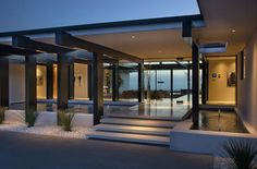 Beautiful entrance    Modern-and-Sophisticated-Home-Exterior-Design-of-Cole-House-by-Steve-Hermann-Los-Angeles.jpg (900×592)