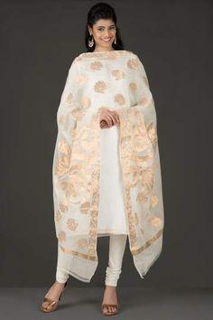 Graceful Dyeable Off White Silk Cotton Banarasi Dupatta With Antique Zari…