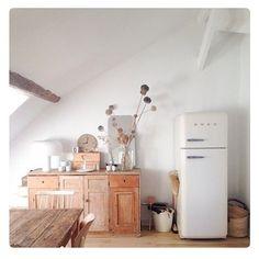 Loveliest kitchen. Found on remodelista.com by adelaidehomesewn