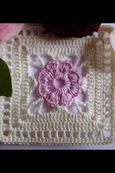 """Flower dream in pink and cream pattern: Granny Square """"Lilja"""" (october . : Flower dream in pink and cream Pattern: Granny Square """"Lilja"""" (October Edge border: let& see Size: 10 x 16 square … Point Granny Au Crochet, Granny Square Crochet Pattern, Crochet Blocks, Crochet Squares, Crochet Motifs, Crochet Stitches, Crochet Patterns, Love Crochet, Crochet Flowers"""