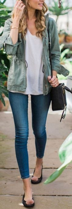 Crazy about this look! Although hate the little puff on the shoes...