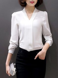 Best how to wear white shirt sleeve Ideas Office Outfits, Casual Outfits, Fashion Outfits, Blouse Styles, Blouse Designs, Formal Blouses, Professional Attire, Blouse Outfit, Blouse Vintage