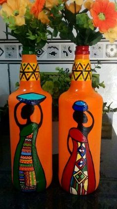 Pin by Violeta . on reciclando botellas Glass Bottle Crafts, Wine Bottle Art, Painted Wine Bottles, Diy Bottle, Glass Bottles, Glass Painting Designs, Pottery Painting Designs, Decorated Flower Pots, Bottle Painting
