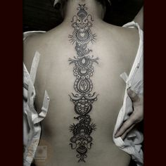 THE TATTOO SOUP, Spinal #mendhi. Michele Amanda's very first...