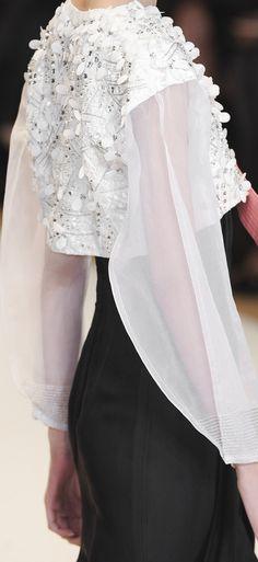 @Maysociety Carolina Herrera Spring ~ New York Fashion Week