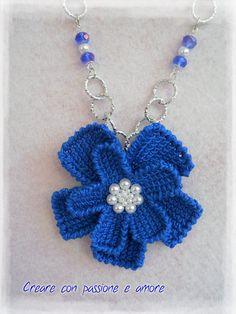 Collana ad uncinetto con fiore a punto tunisino by https://www.facebook.com/creareconpassioneeamore/ … … #crochet #handmade #necklace #jewelry